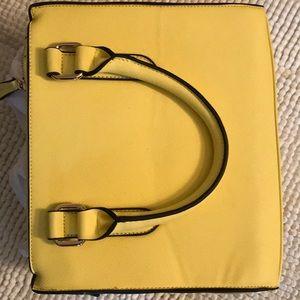 Handbags - Small yellow purse